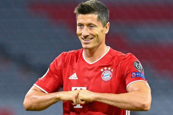 Lewandowski đã có 13 bàn tại cúp C1 mùa này